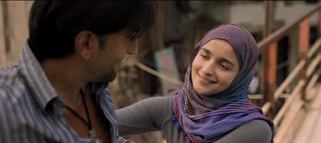 Gully Boy teaser is out and Ranvir Singh nailed it yet again!